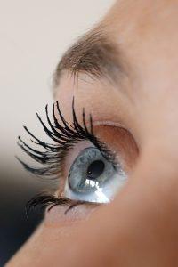 Comment prendre soin des sourcils